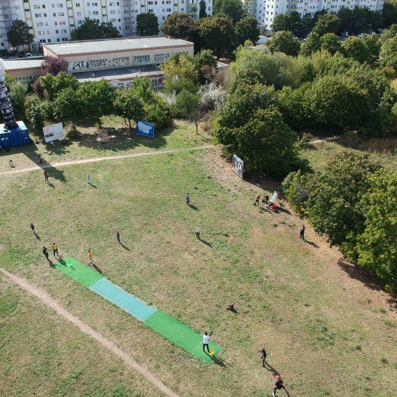"Luftaufnahme ""Kreise Ziehen 4"", Place Internationale, nGbK, 2020. Foto: Juan Camilo Alfonso Angulo"